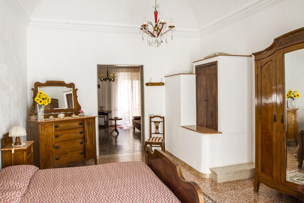Camera-da-letto-angolo-Antica_Sicilia