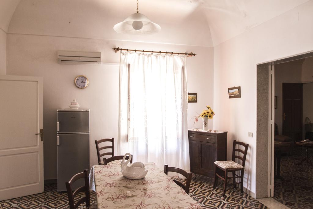 soggiorno-comunicante-Antica_Sicilia 2